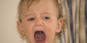 Laringitis en bebés: qué es, síntomas y tratamiento