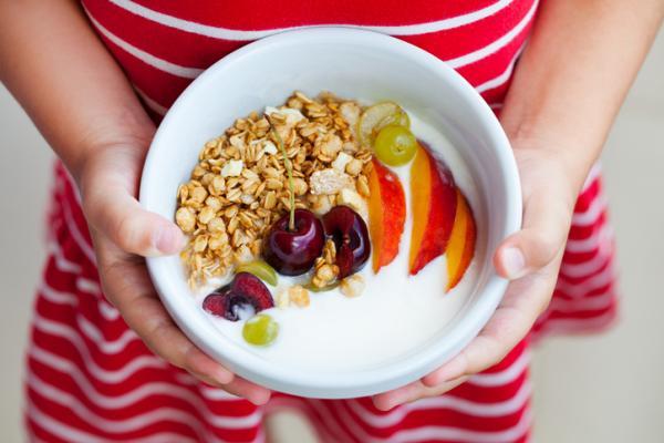 Desayunos para niños de 2 años - Yogur con cereales