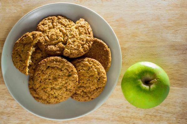 Cómo hacer galletas para bebés de 6 meses - Galletas de avena y manzana
