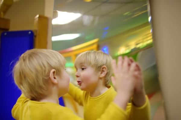 Juegos para niños de cuatro años - Juegos de emociones