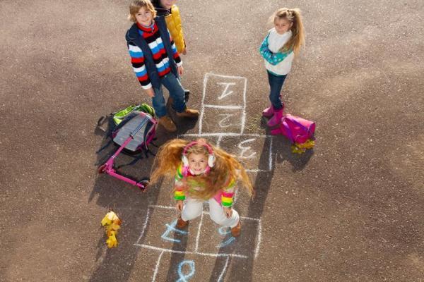 Juegos educativos para niños de 10 a 12 años - La rayuela