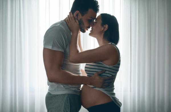 ¿Es malo tener relaciones durante el embarazo?
