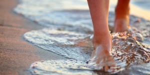 Remedios para los pies hinchados después del parto