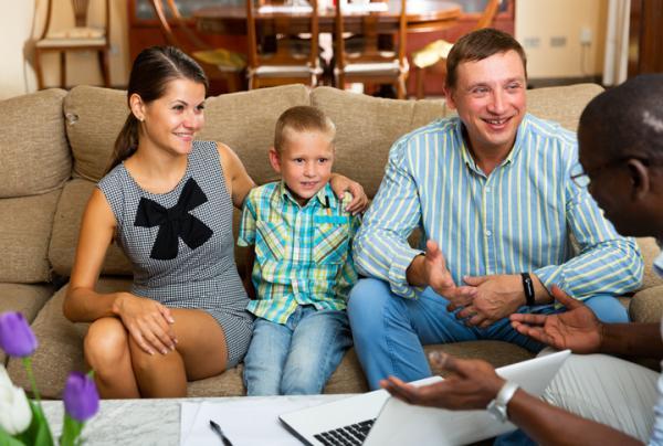 Tipos de padres y cómo se comportan los hijos - Estilo educativo democrático