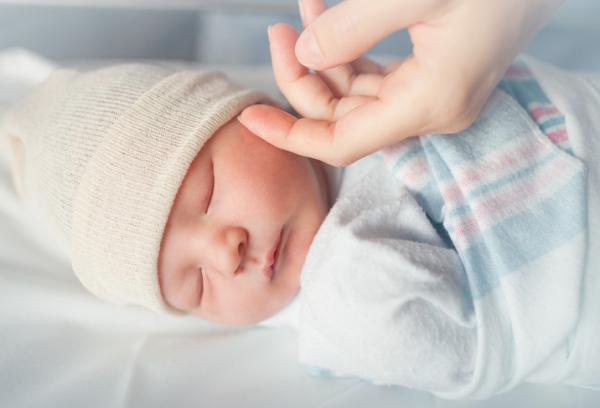 Cómo dormir a un bebé rápido