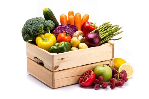 Alimentos prohibidos en el embarazo y el por qué - Frutas y verduras sin lavar