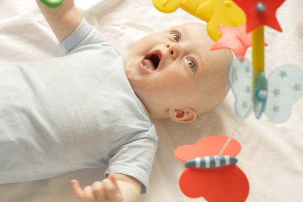 Juegos para bebés de 3 meses