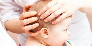 Bolita dura en la cabeza de mi bebé, ¿qué puede ser?