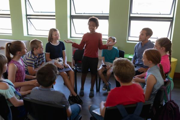 Juegos de resolución de conflictos para niños de primaria - El círculo de debate