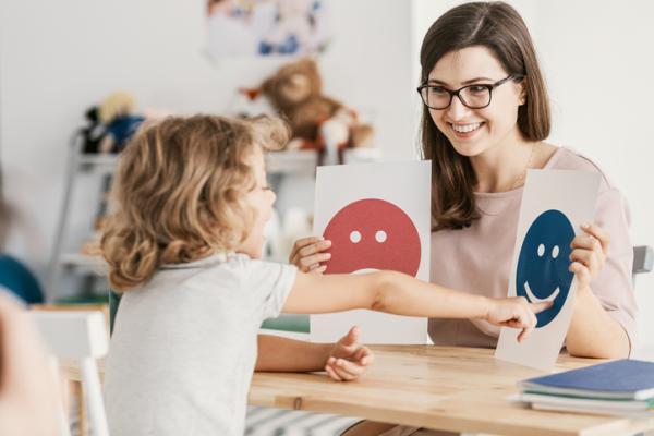 Juegos de resolución de conflictos para niños de primaria - ¿Qué significa sentir?