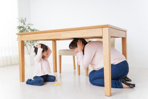 Juegos de confianza para niños de 3 a 5 años - Construcción de un refugio