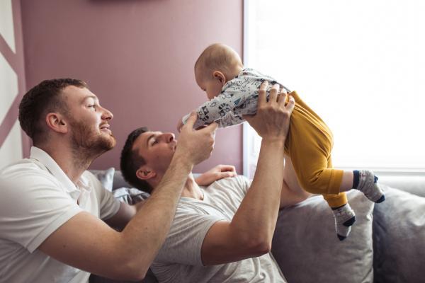 Qué hace un bebé de 8 meses - Desarrollo social del bebé de 8 meses