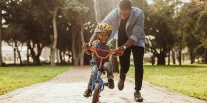 Parentalidad positiva: qué es, características y ejemplos