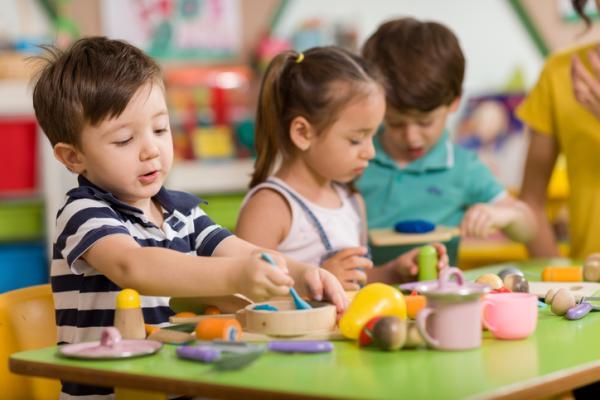 Qué enseñar a un niño de 2 años en casa