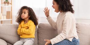 Por qué siempre estoy enfadada con mis hijos y qué hacer