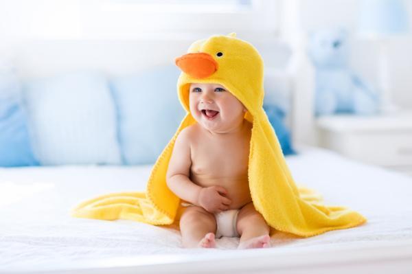 Cómo bañar a un bebé - Cuándo bañar a un bebé