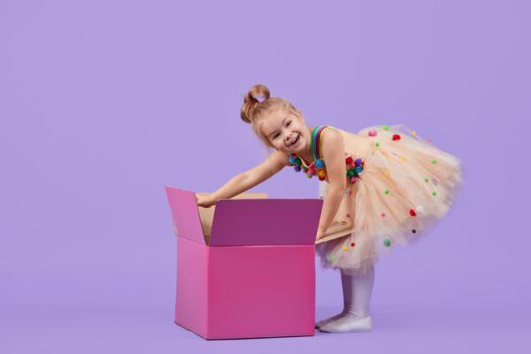 Juegos para fiestas infantiles originales - Cajas extrañas