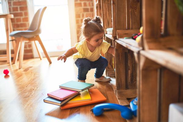 Cómo enseñar a los niños a recoger sus juguetes