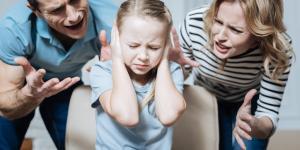 Por qué no gritar a los niños y consecuencias de hacerlo