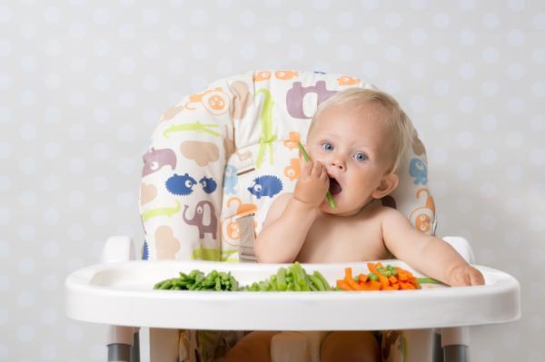 ¿A los cuántos meses come sólido un bebé?