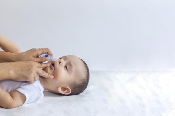 Cómo limpiar la nariz tapada recién nacido