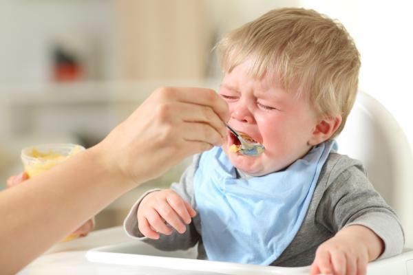 mi bebe no quiere comer nada que hago