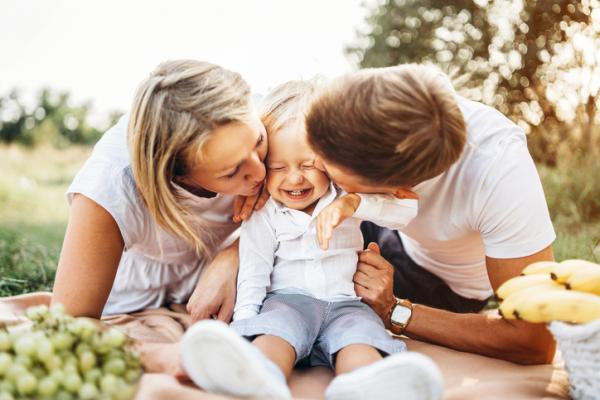 Crianza positiva: qué es, pautas y prácticas con ejemplos - ¿Qué es la crianza positiva?