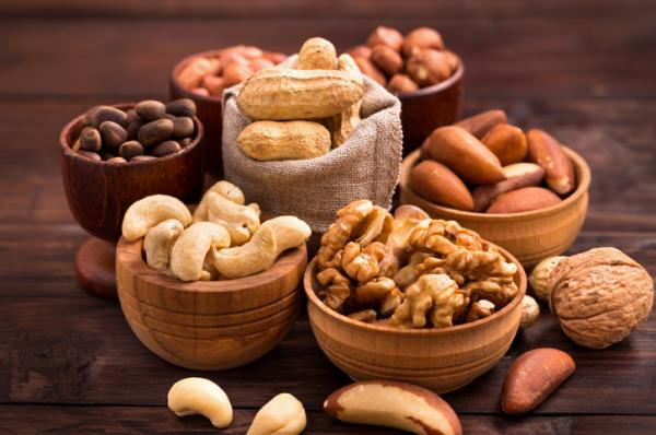 Alimentos con hierro para el embarazo - Frutos secos