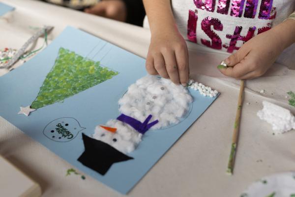 Actividades navideñas para niños/as - Hacer y enviar postales