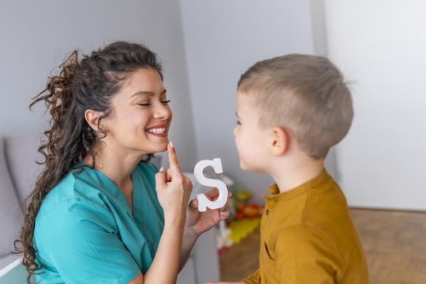 Juegos para aprender las letras - ¿Cómo suenan las letras?