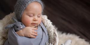 Cómo arrullar a un bebé para dormir