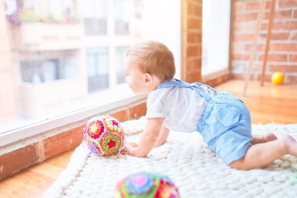 Juguetes Montessori para bebés - Pelota de tela