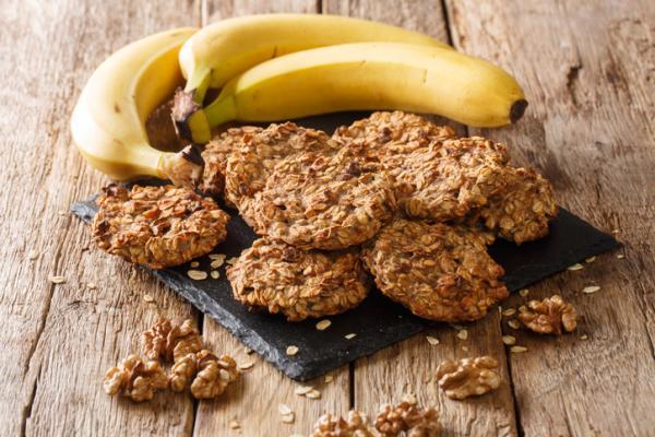 Meriendas saludables para niños - Galletas de avena, plátano y almendra