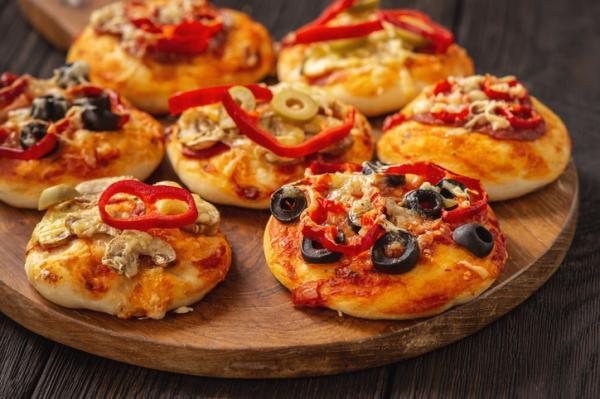 Meriendas saludables para niños - Mini pizzas