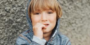 ¿Cómo ayudar a un niño nervioso?