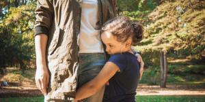 Cómo ayudar a un niño tímido