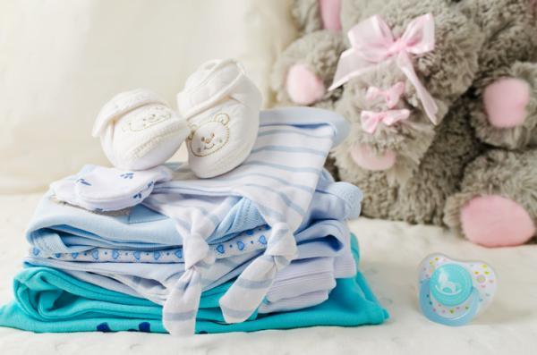 Lista regalos para un baby shower - Su primera puesta