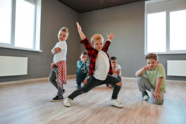 Actividades para trabajar el ritmo en infantil - Coreografía