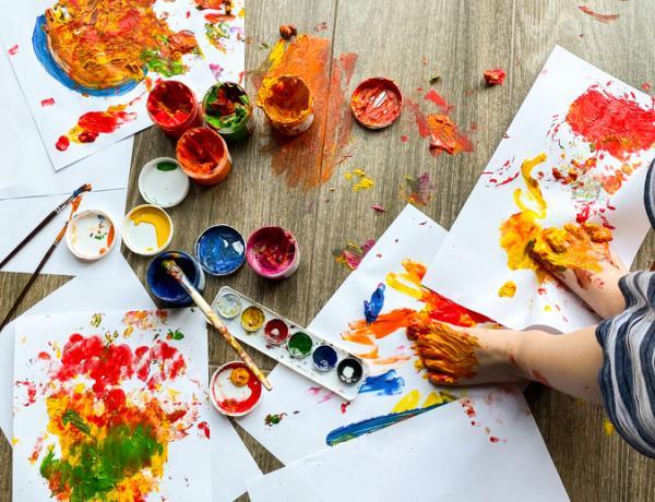 Actividades para trabajar el ritmo en infantil - Dibujar con música
