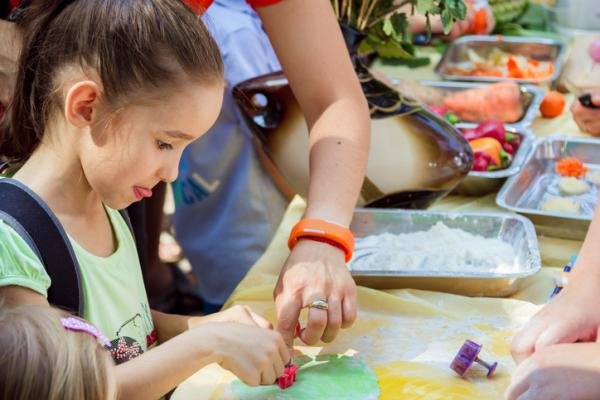 Ejemplos de actividades extraescolares para niños - Cocina